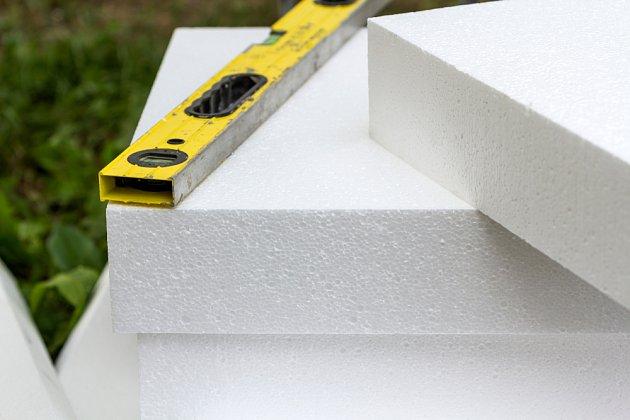Expandovaný polystyren je jako materiál pro zateplování využíván často.