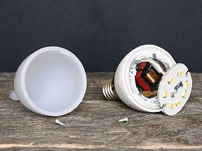 Jak opravit vypálenou LED žárovku