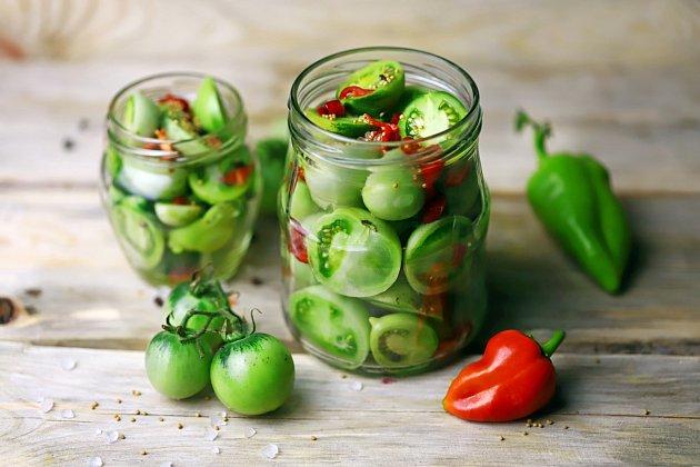 Najděte si nový zajímavý recept na zpracování i zelených rajčat!