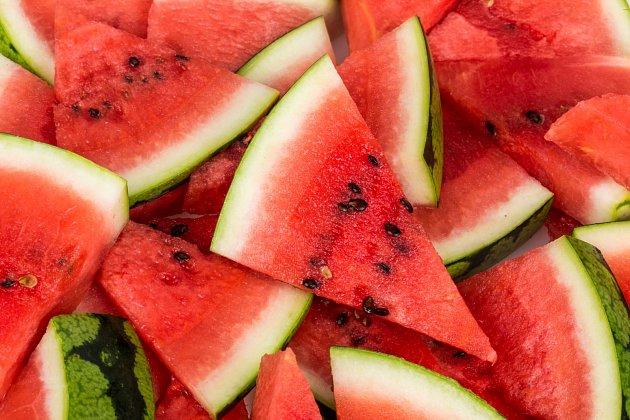 Meloun je skvělý parťák při hubnutí, pro svůj velký obsah vody.