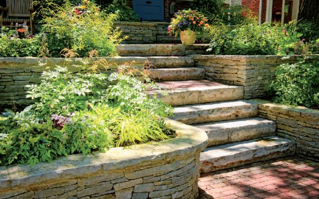 Kámen na zídky je různý – jak druhy, tak i tvary – od lomového, přes kostky, kyklopské balvany až po štípané haklíky