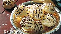 kokosky s čokoládovým zdobením