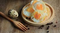 Křepelčí vajíčka jsou drobná, ale vynikající a nutričně hodnotná