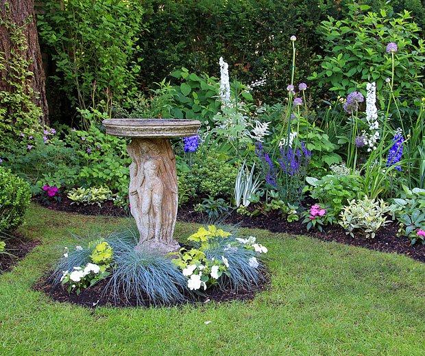 Napajedlo může být krásným doplňkem zahrady