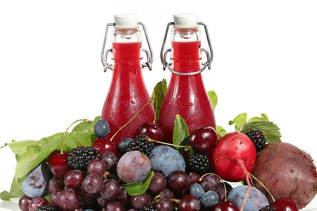 Smoothie z červeného ovoce