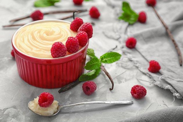 Do vanilkového pudinku patří pravá vanilka.