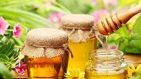Světlý květový med je snáze stravitelný
