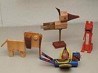 Půvabné hračky, které z dřevěných odřezků vyrobily samy děti
