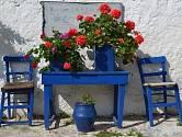 Středomořský styl se vyznačuje především světlými barvami a odstíny inspirovanými nejen mořem, ale i okolními květinami.