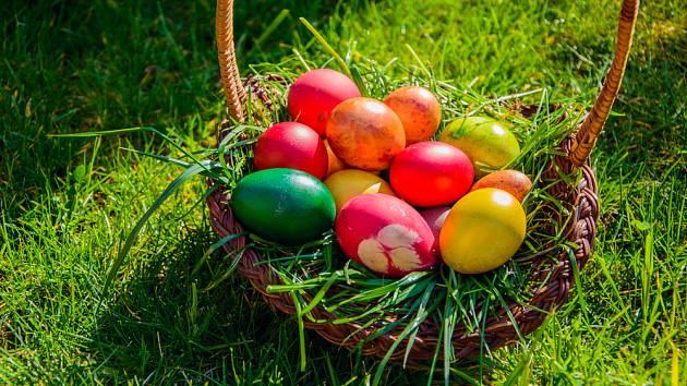 Barevnost vajíček měla svou symboliku, dnes jde jen o estetiku.