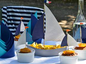 Inspirace pro prázdninové námořnické stolování