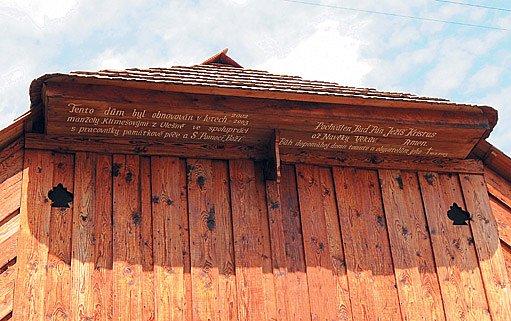 dům byl obnoven za přispění Ústavu památkové péče