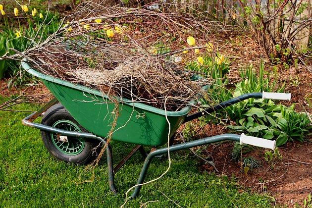 Organický odpad z jarního úklidu odvezte an kompost