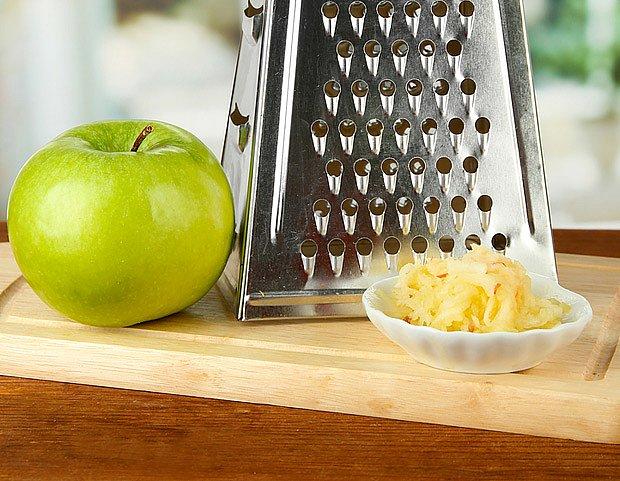 strouhaná jablka