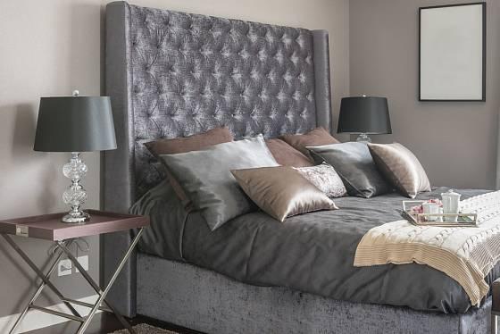 Kontinentální postel tvoří zajímavý designový prvek