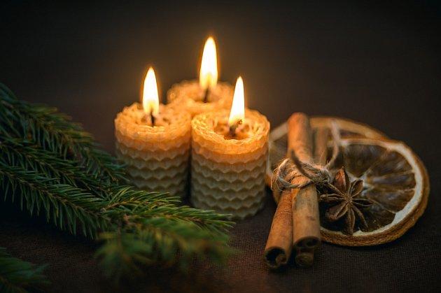 První svíčky byly z včelího vosku, tedy čistě přírodní