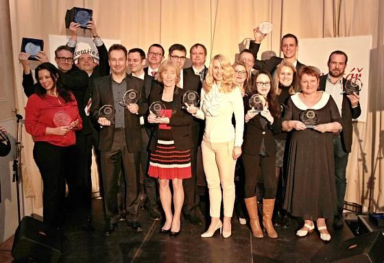 Zástupci vítězných značek získali cenu za výhru v dané kategorii.