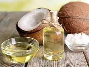Kokosový olej má na náš organismus blahodárné účinky.
