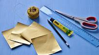 Potřeby pro výrobu papírových hvězdiček