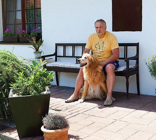 Majitel s patnáctiletým hovawartem Britem