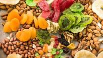 Marokánky tvoří oříšky a kandované ovoce.