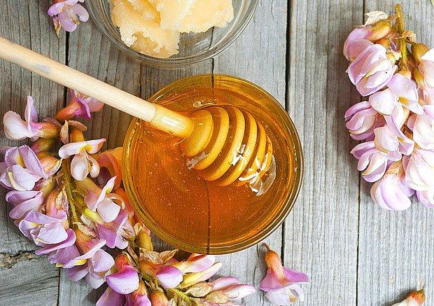 Med je velmi cenný včelí dar