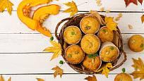 Z těsta na chlebíček můžete upéct i muffiny.