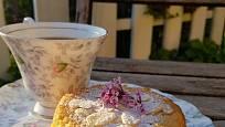 Pain de Gênes se hodí ke kávě i čaji.