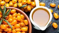 Rakytníková šťáva je velmi kyselá, pro přípravu sirupů džemů se výrazně doslazuje.