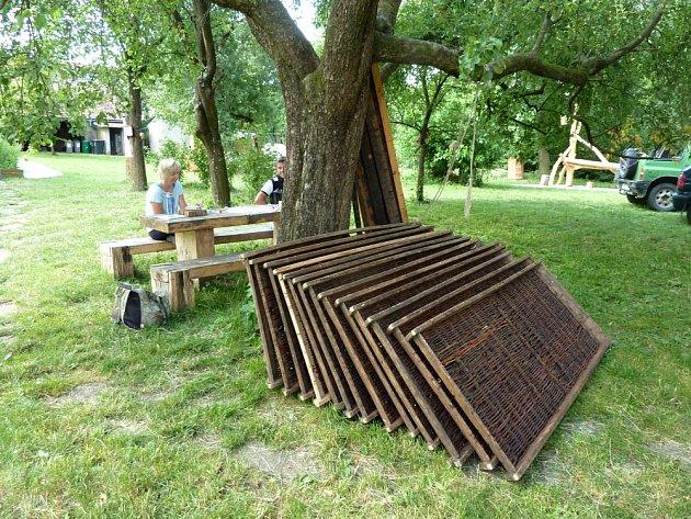 Rekonstrukce staré sušírny s sebou nese i potřebu nahrazení původních lés.