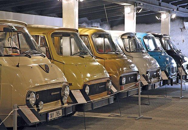 Vozy Škoda 1203