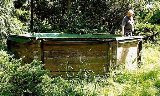 dřevěný bazén