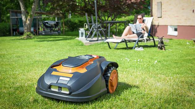 Robotická sekačka ulehčí nepříliš oblíbenou práci.