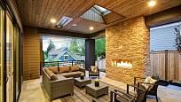 U vysněného domu by neměla chybět venkovní terasa pro posezení za letních večerů.