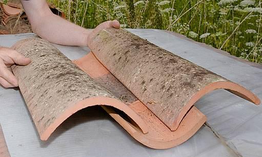 Prez, nové pálené tašky se starobylou patinou