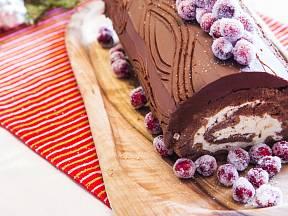 Baileys v lehkém krému příjemně doplňuje intenzivní chuť čokolády.