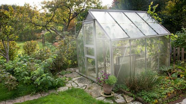 Klíčem k prodloužení vegetačního období je dobrá příprava, pečlivé plánování a výběr vhodných rostlin.