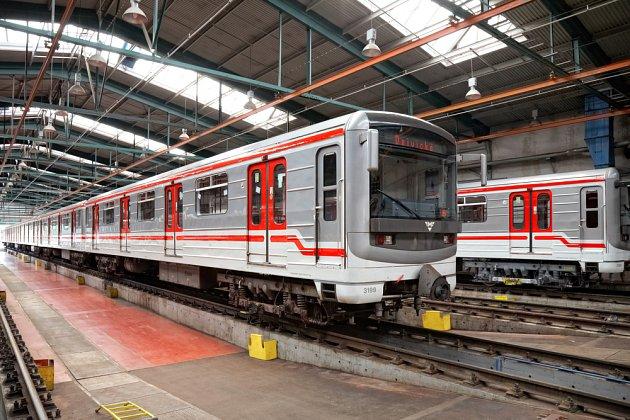 Plánů, kudy by metro mohlo vést, je požehnaně. Pokud jste v Praze, modlete se, ať se vás netýkají.