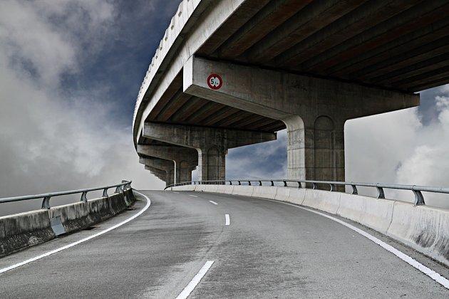 silnice se bez betonu neobejdou