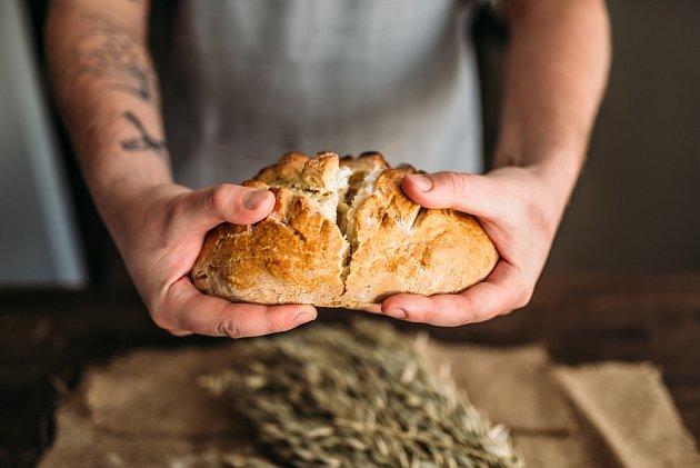 Čerstvý chléb je lahůdka