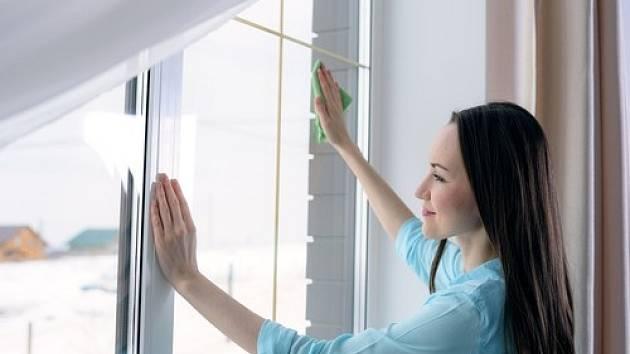 Čistá okna jsou vizitkou každé domácnosti.