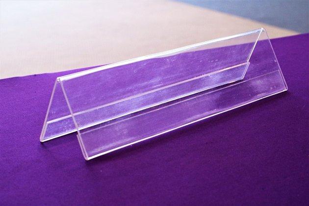 Plexisklo poslouží k tvorbě rámečků nebo stojánků, dá se i ohýbat.