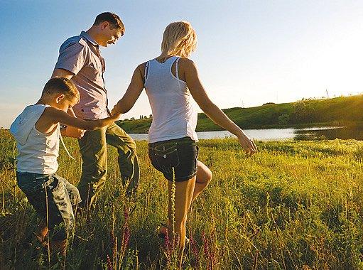 rodinná procházka určitě nikomu neublíží