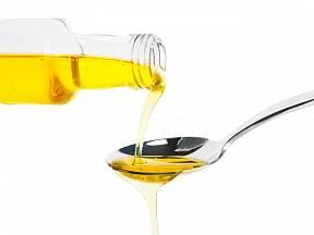 Jak vyzrát na odolné olejové skvrny?