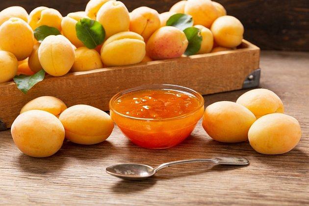 Klasický recept dá vyniknout té pravé chuti meruněk.