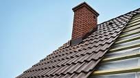 Kontroly střechy bychom neměli podceňovat.