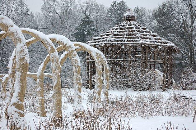 I v zimních měsících nemusí být zahrada nudná.
