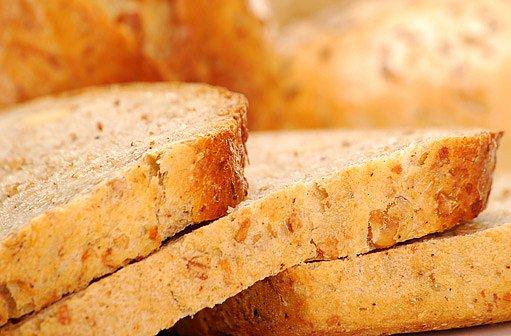 čerstvě upečený chleba