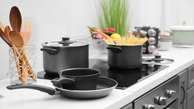 Vařečky bychom měli mít při vaření snadno po ruce.