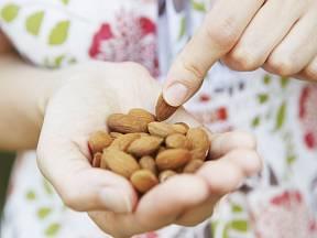 Ořechy jsou zdravé, ale energeticky vydatné